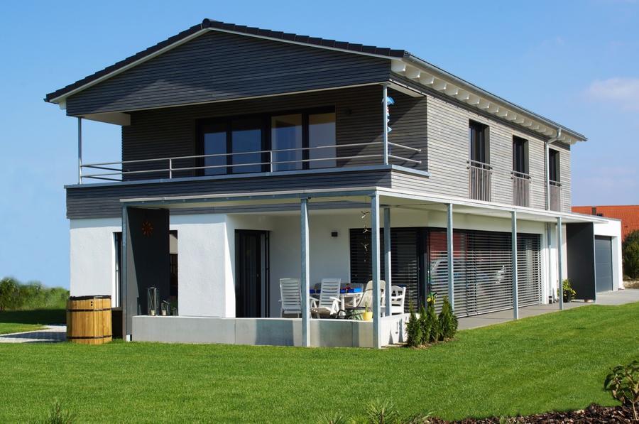 Zettler Bau Einfamilienhaus In Holzstanderbauweise Mit Holz Putz